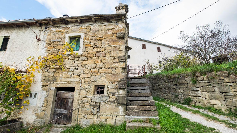 Casa di pietra da ristrutturare buzet - Ristrutturare casa da soli ...