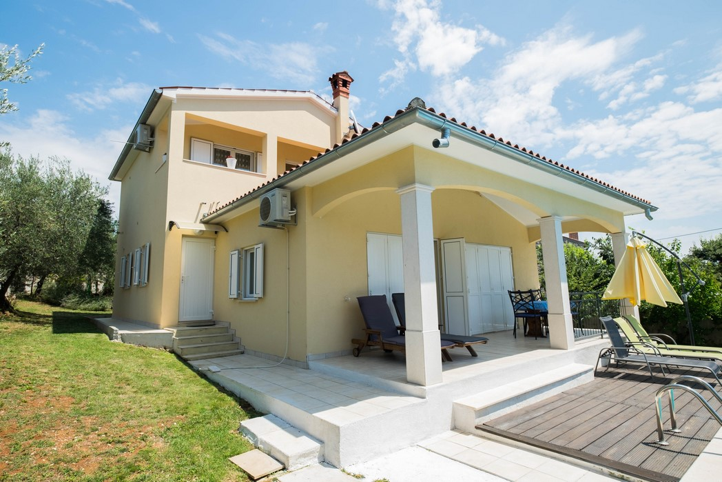 House with pool for sale Vrsar