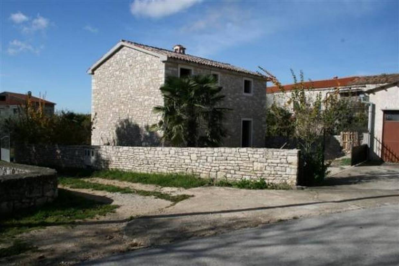 casa di pietra in vendita porec