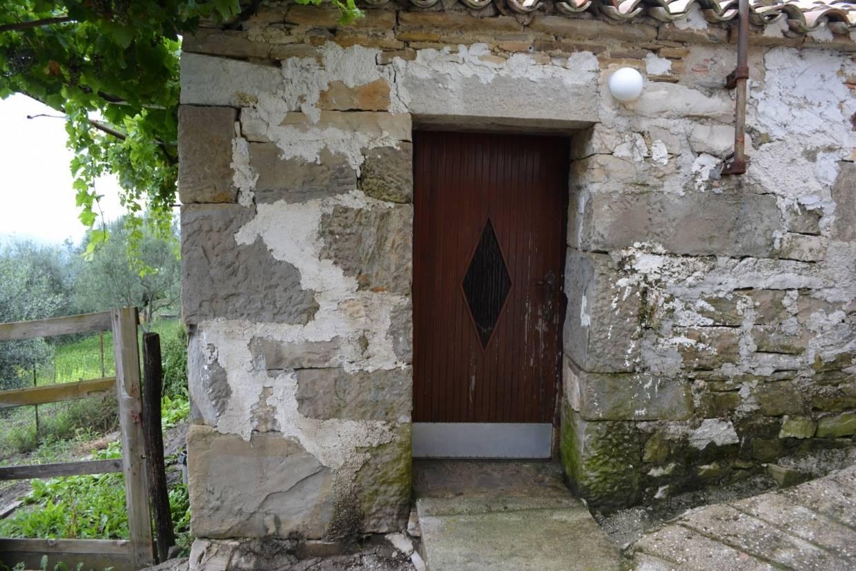 Casa di pietra da ristrutturare motovun - Ristrutturare casa in pietra ...