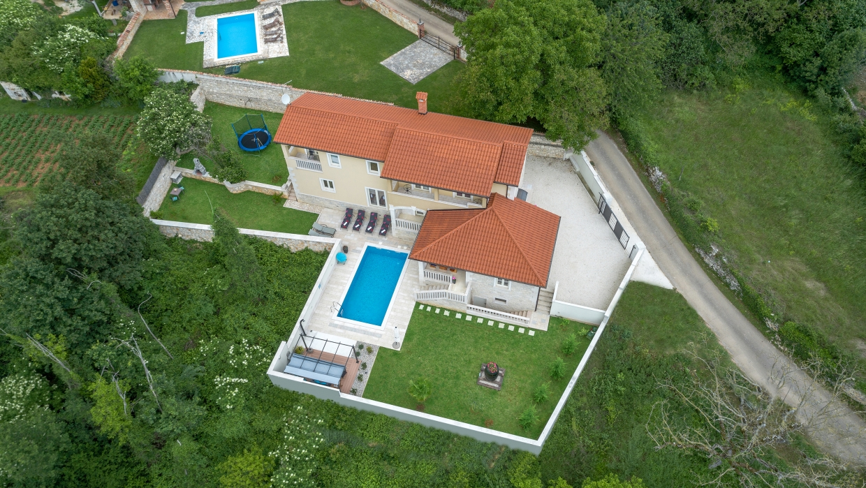 Villa for sale Sveti Lovreč