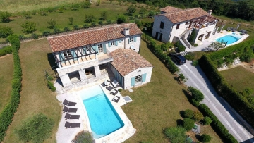 Luksuzna kamena vila na prodaju Motovun