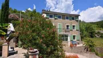 Kamena kuća na prodaju Motovun