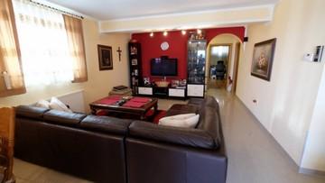 Dvosobni apartman na prodaju Ližnjan