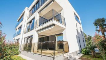 Luxury two bedroom apartment 2 min. from beach Poreč
