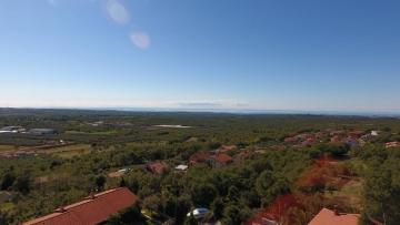 Građevinsko zemljište s pogledom na prodaju Kaštelir - Labinci