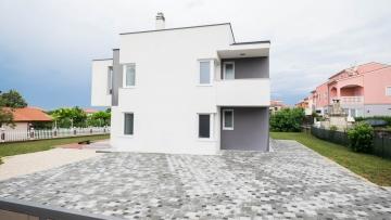 Kuća na prodaju Pula