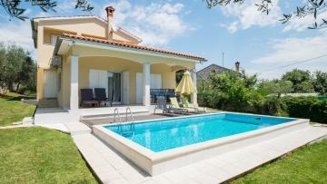 House with pool for sale Vrsar