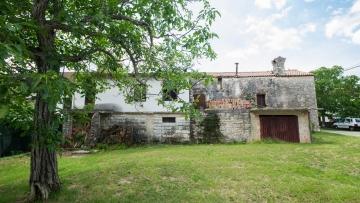 Kamena kuća na prodaju Grožnjan Buje
