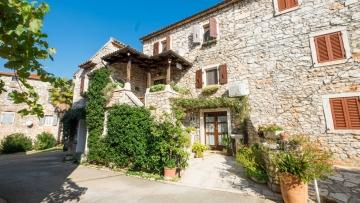 Stone house for sale Brtonigla