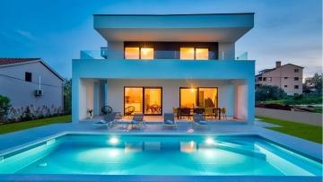 House with pool for sale Ližnjan Medulin