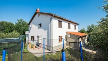 Kuća na prodaju Vižinada