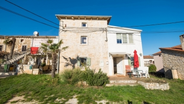Two stone houses for sale Valtura Pula