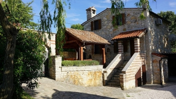 Kamena kuća na prodaju Svetvinčenat