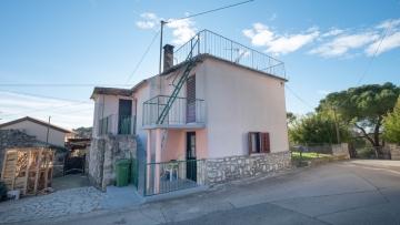 Kamena kuća za adaptaciju na prodaju Vrsar