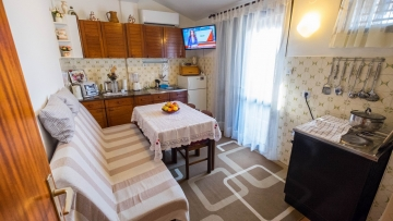 Two bedroom apartment for sale in the center of Poreč