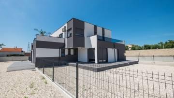 Novogradnja - Dvosobni stan na prodaju Poreč