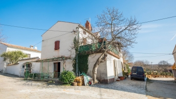 Stone house for sale Vrsar