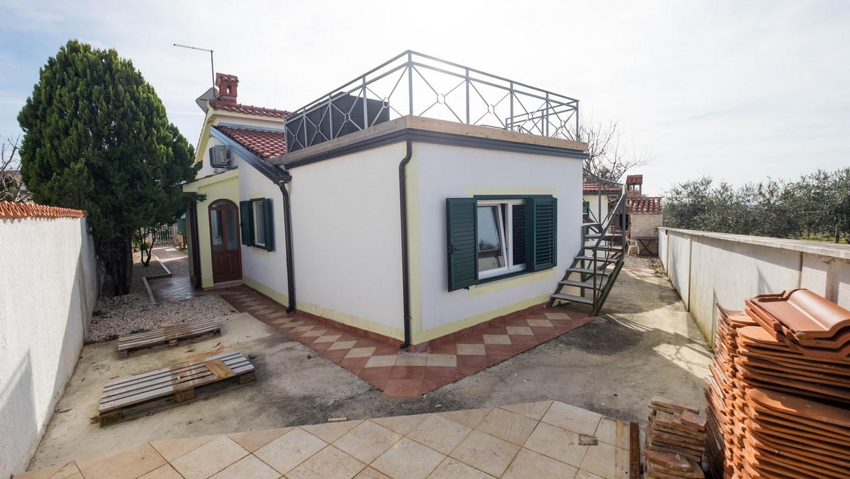 Single-storey house for sale Poreč