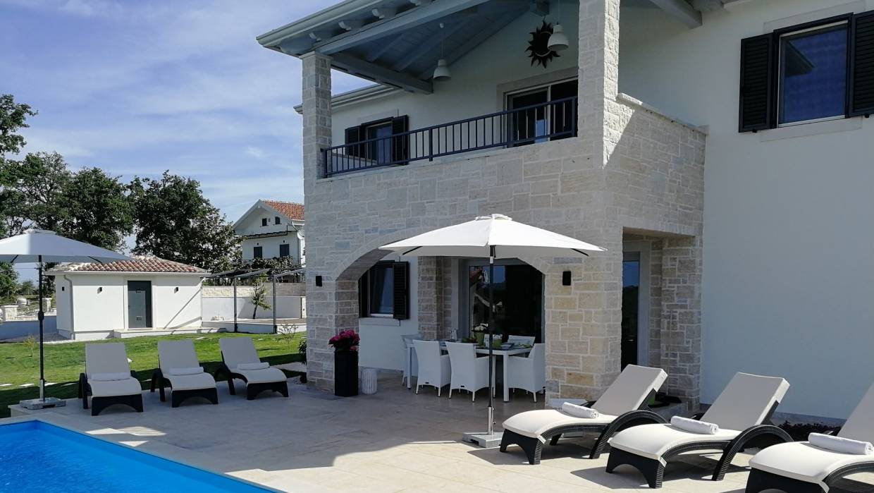 Villa for sale Kaštelir Poreč
