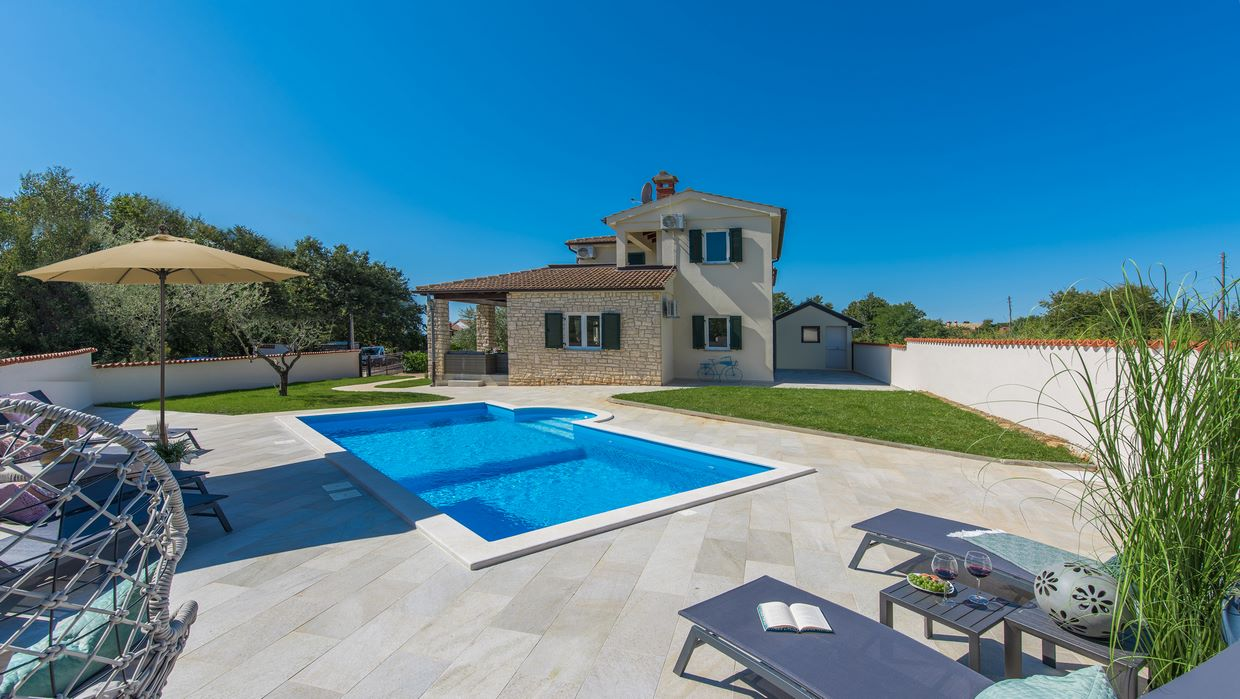 Villa for sale near Porec