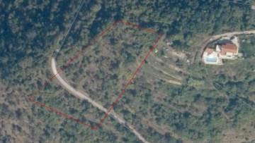 Građevinsko i poljoprivredno zemljište u okolici Motovuna