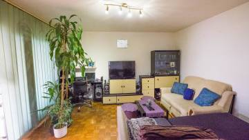 Three bedroom apartment near sea and city center