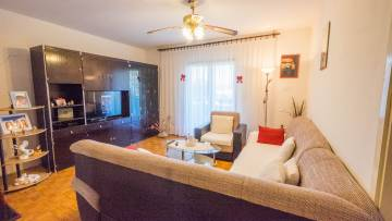 Three bedroom apartment near sea and center of Porec