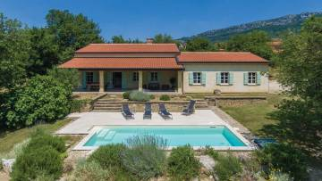 House with pool for sale Buzet