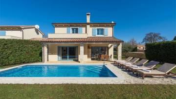 Kuća s bazenom na prodaju Barban