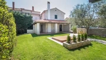 Stone house for sale Porec